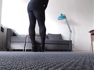 Black seamless pantyhose and black slingbacks
