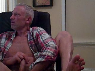 fun time watching gay porn